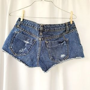Mossimo Supply Co. Shorts - MOSSIMO Low Rise Jean Short Shorts sz 2/26